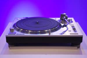 Technics haven't entirely forgotten their DJ models of old - the SL-1200s share their predecessors' aesthetics (and lid) but these are serious hi-fi decks, completely re-engineered from the originals.