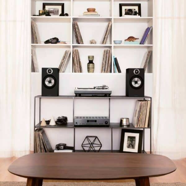 Bowers and Wilkins 606