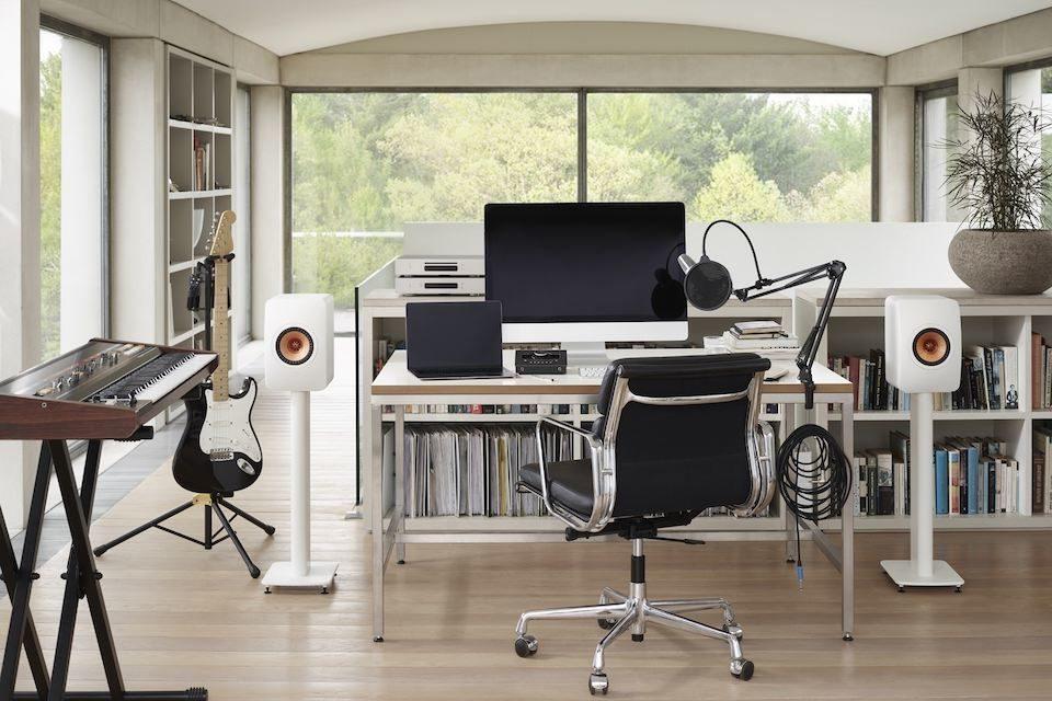 KEF LS50 Wireless II office